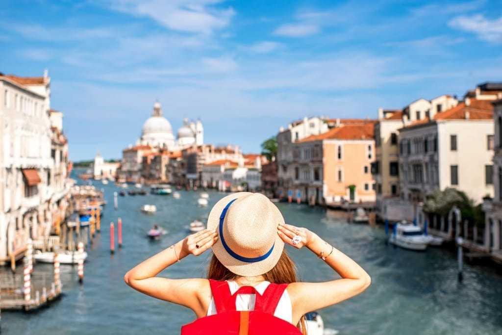 Cứ đến châu Âu thì đa phần đều cần có bảo hiểm du lịch
