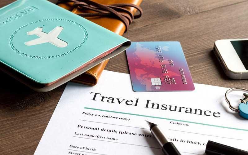 Khách hàng cung cấp các thông tin bắt buộc khi mua bảo hiểm và xin visa du lịch