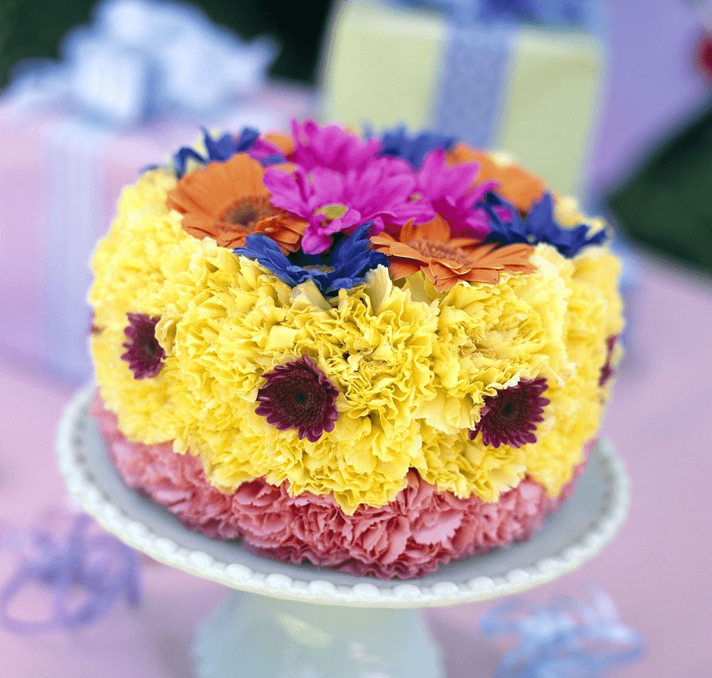 Cắm hoa hình bánh gato tặng người ấy