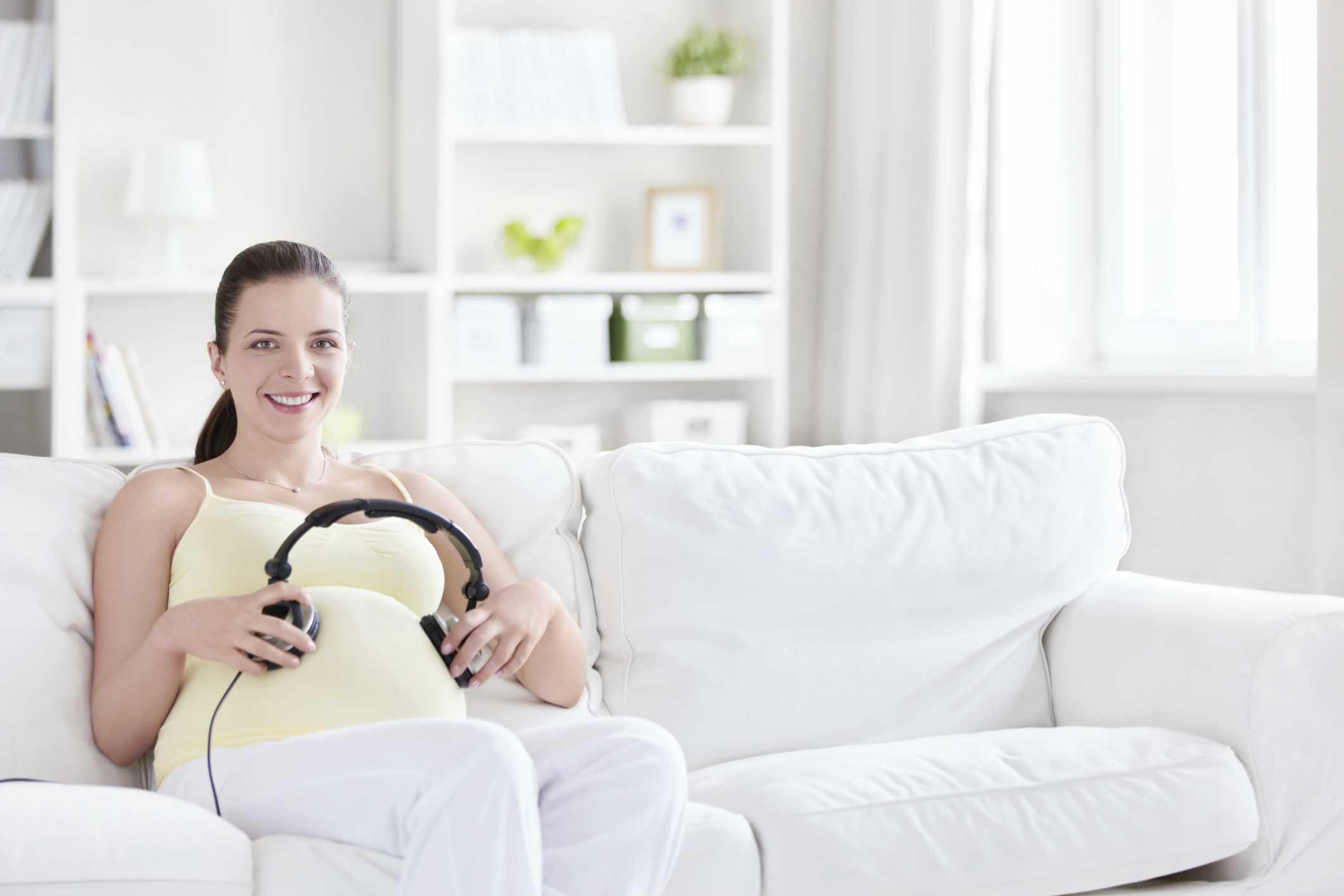 Những dấu hiệu giúp mẹ biết được thai nhi đang phát triển khỏe mạnh