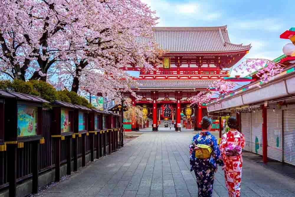 Nhật Bản cũng là điểm đến du lịch quen thuộc với người Việt